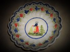 OLD HB QUIMPER FRENCH FAIENCE SCALLOP RIM BOWL LADY IN GARDEN 7.5""